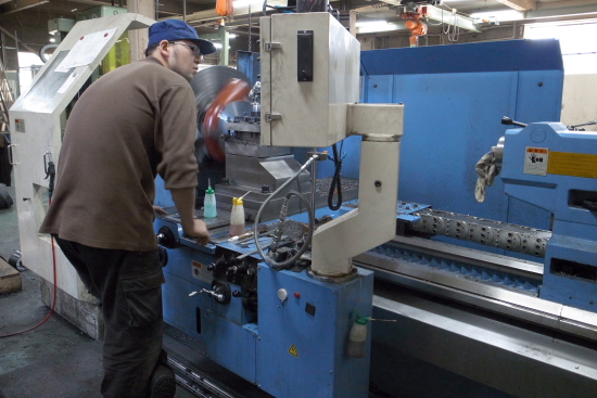 大日金属工業 CNC旋盤